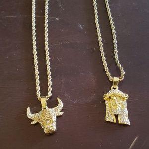💥 2 neck chains 💥